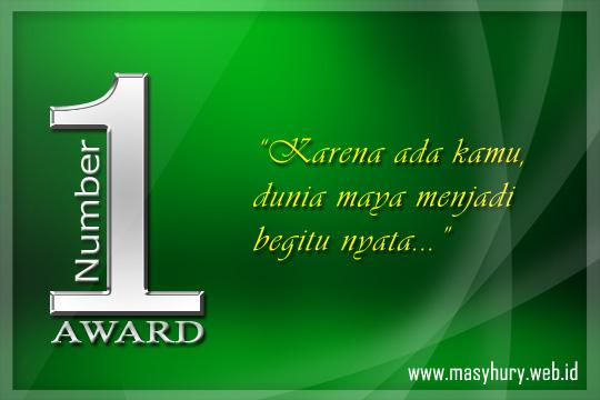 Aku pilih warna hijau, karena Masyhury sangat menyukai warna hijau.