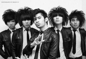 https://fitr4y.files.wordpress.com/2011/07/foto_the_changcuters_band_terbaru.jpg?w=300